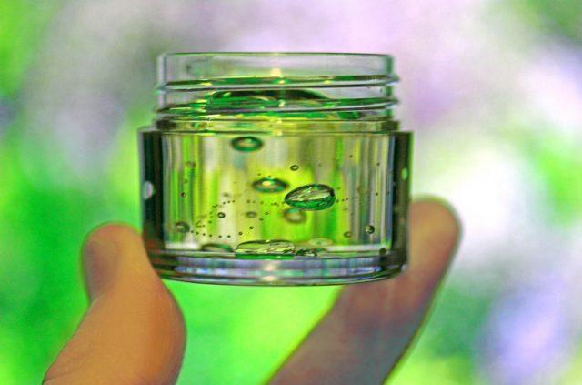 【家事ヤロウ】魔法水の作り方|カーペットのシミ抜きに!100均材料で作るコスパ最強クリーナー