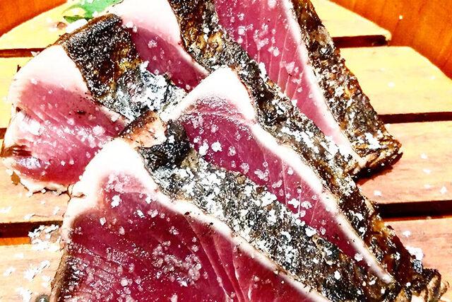 【せっかくグルメ】高知『藁焼きカツオのたたき・カツオの漬け丼(明神丸)』の通販お取り寄せ|ハナコが絶賛