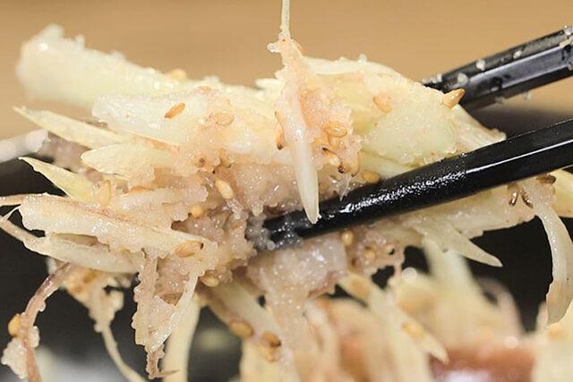 【家事ヤロウ】みょうがの明太子和えのレシピ|和田明日香さんが作る超簡単おつまみ