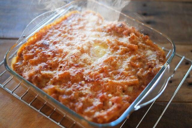 【ヒルナンデス】トマトマカロニグラタンのレシピ|資生堂パーラー倉林龍助シェフ